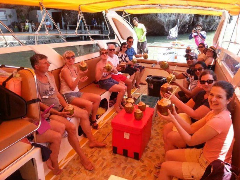 Speed boat Phi Phi