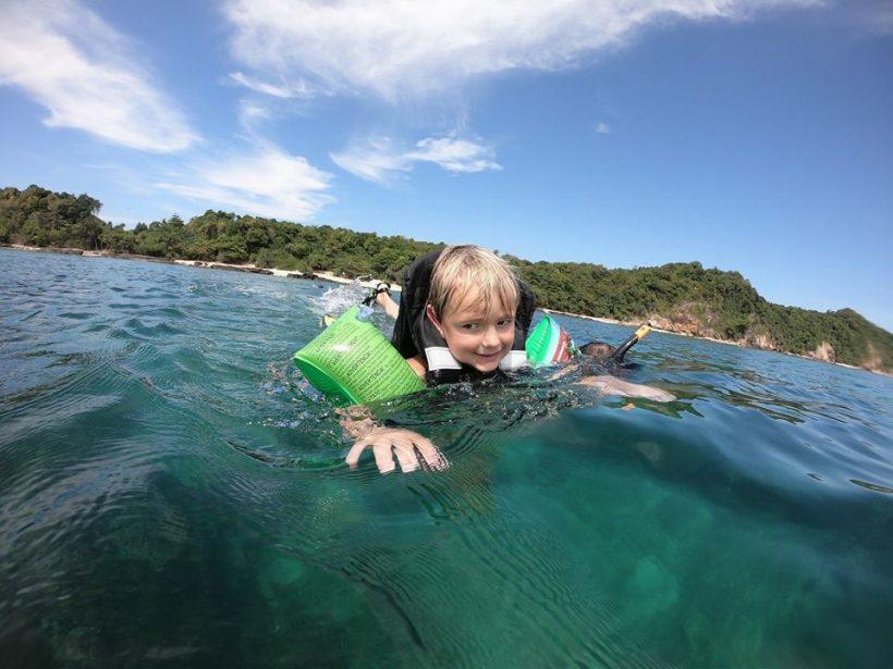 child snorkling phi phi