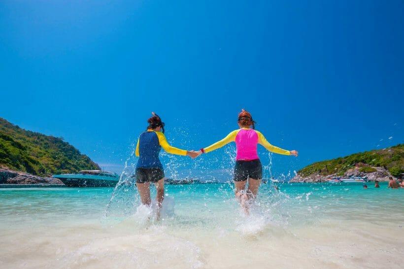 Tour Raya Island