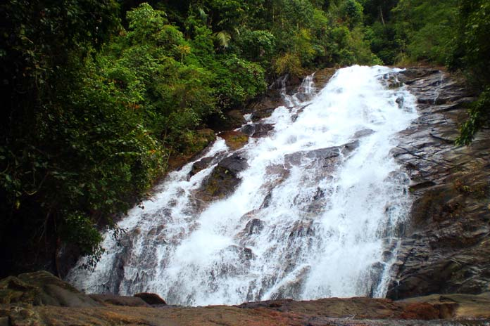 thai-muang-waterfall